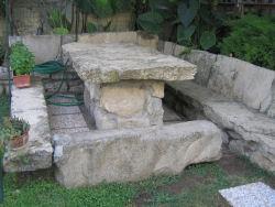 Tavoli Di Pietra Da Giardino.Zedda Bed Breakfast Immagini Alloggio